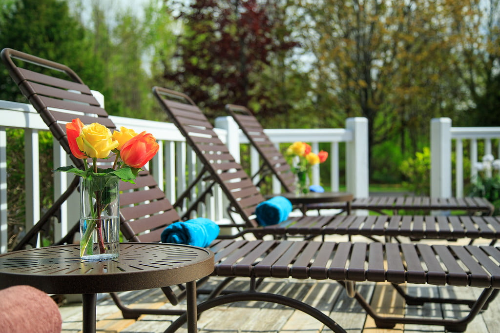 amenities at the ashbrooke - sundeck